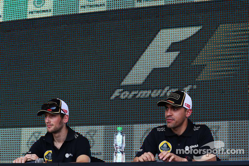 Romain Grosjean, Lotus F1 Team with Pastor Maldonado, Lotus F1 Team