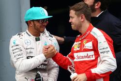 Lewis Hamilton, Mercedes AMG F1, und Sebastian Vettel, Ferrari SF15-T