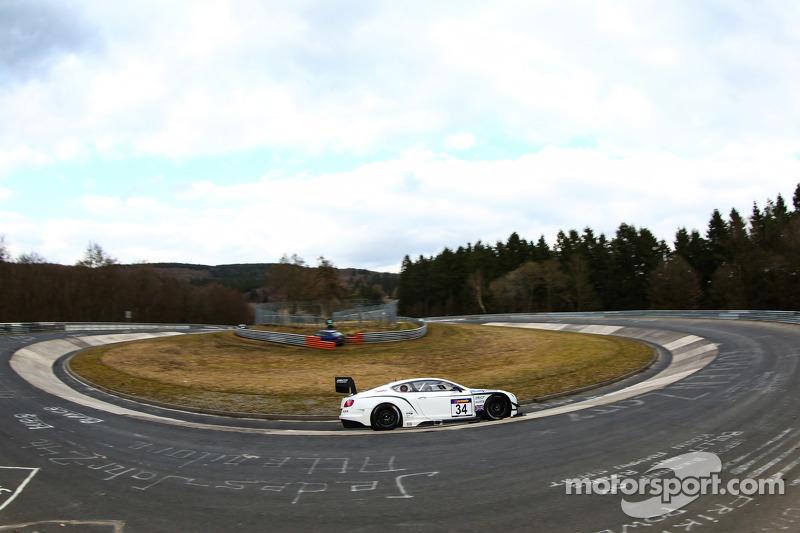 #34 Bentley Team Bentley Continental GT3: Christian Menzel, Lance David Arnold, Jeroen Bleekemolen