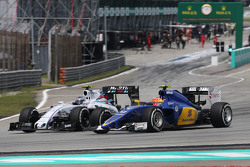 Валттери Боттас, Williams FW37 и Фелипе Наср, Sauber C34