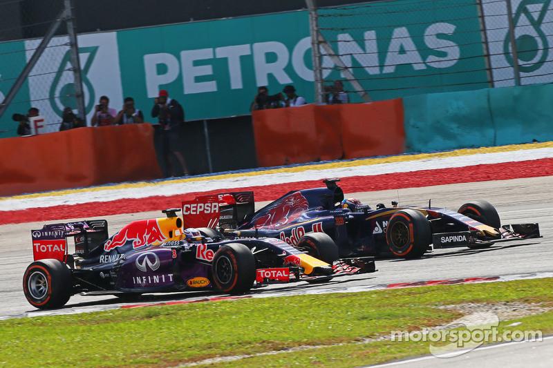 Daniel Ricciardo, Red Bull Racing RB11 dan Max Verstappen, Scuderia Toro Rosso STR10