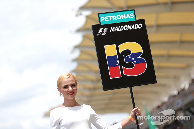 Grid girl. Pastor Maldonado, Lotus F1 Team