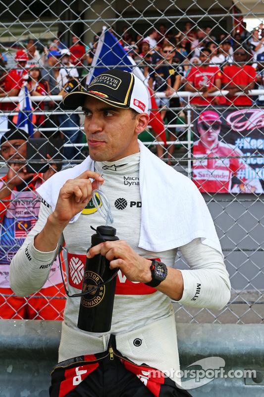 Пастор Мальдонадо, Lotus F1 Teamна стартовій решітці
