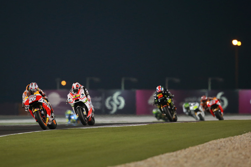 Dani Pedrosa, Repsol Honda Team dan Yonny Herndanez, Pramac Racing dan Bradley Smith, Monster Tech 3 Yamaha
