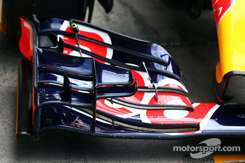 Red Bull Racing RB11 sayap depan