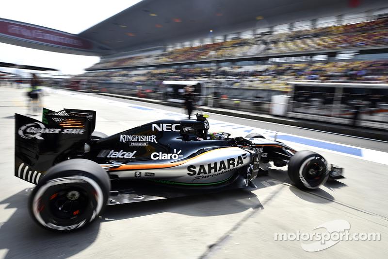 Sergio Pérez, Sahara Force India F1 VJM08 leaves the pits