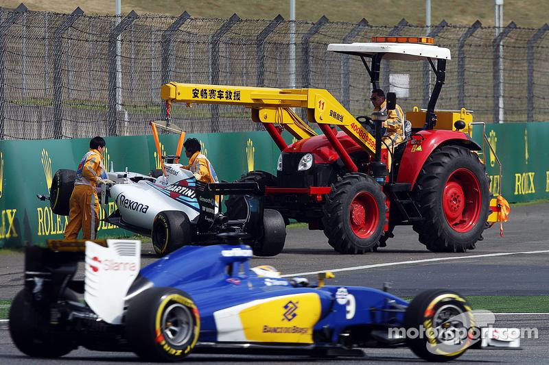 Felipe Massa, Williams FW37, nach seinem Unfall
