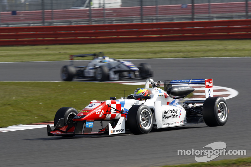 Esteban Ocon, Prema Powerteam, Dallara F312 Mercedes