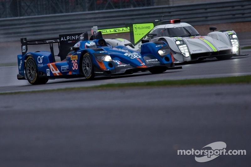 #36 Signatech, Alpine A450b - Nissan:  Nelson Panciatici, Paul Loup Chatin, Vincent Capillaire