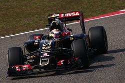 Pastor Maldonado, Lotus F1 E23