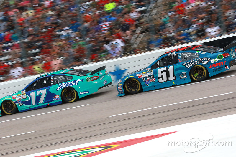 Ricky Stenhouse Jr., Roush Fenway Racing Ford and Justin Allgaier, HScott Motorsports Chevrolet