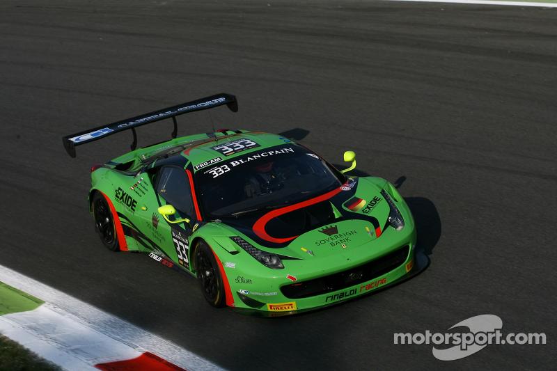 #333 Rinaldi Racing, Ferrari 458 Italia: Marco Seefried, Norbert Siedler