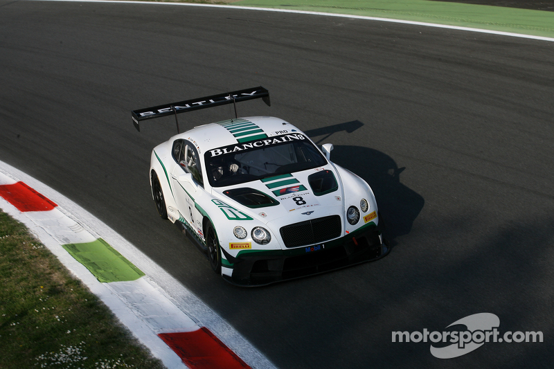 #8 Bentley Team M-Sport Bentley Continental GT3: Maximilian Buhk, Andy Soucek, Maxime Soulet