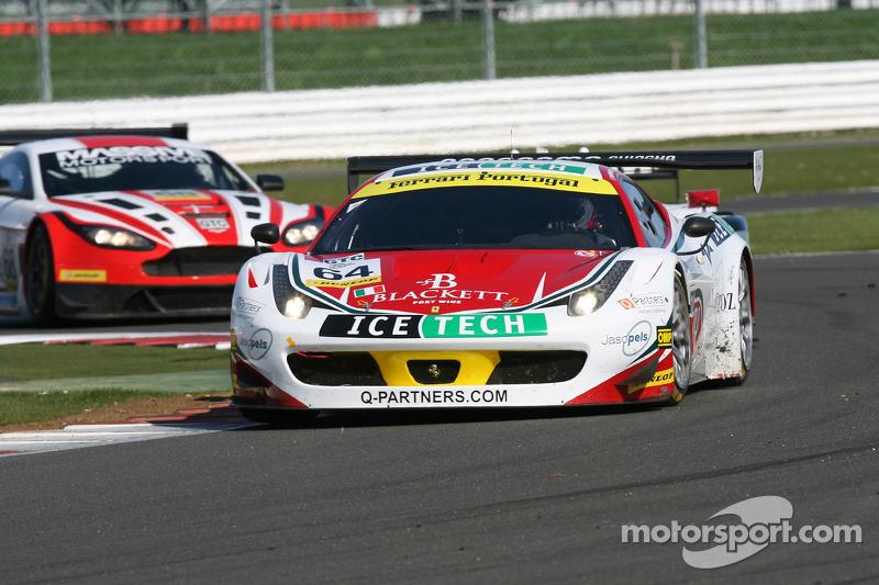 #64 AF Corse, Ferrari F458 Italia GT3: Mads Rasmussen, Felipe Barreiros, Francisco Guedes