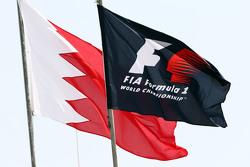 Флаги Формулы 1 и Бахрейна