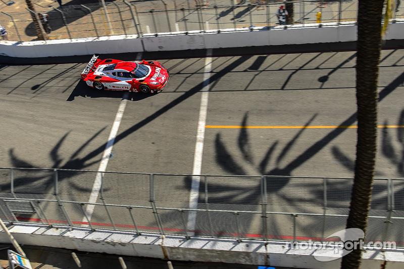 #31 Action Express Racing Corvette DP: Eric Curran, Dane Cameron