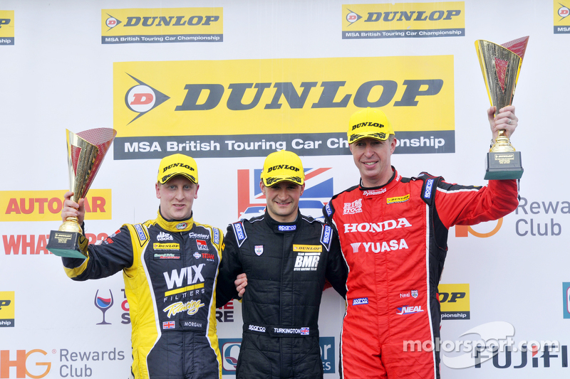 Podium: 1. Colin Turkington, 2. Matt Neal, 3. Adam Morgan