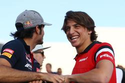 Карлос Сайнс мл., Scuderia Toro Rosso и Роберто Мери, Manor F1 Team