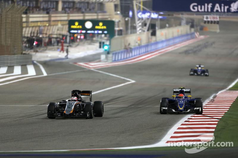 Nico Hülkenberg, Sahara Force India, und Felipe Nasr, Sauber F1 Team