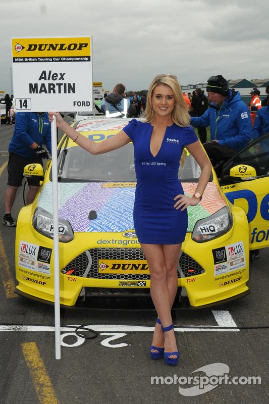 Dextra Racing, Gridgirl
