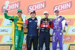 第一场比赛领奖台:Marcos Gomes, Daniel Serra和Julio Campos