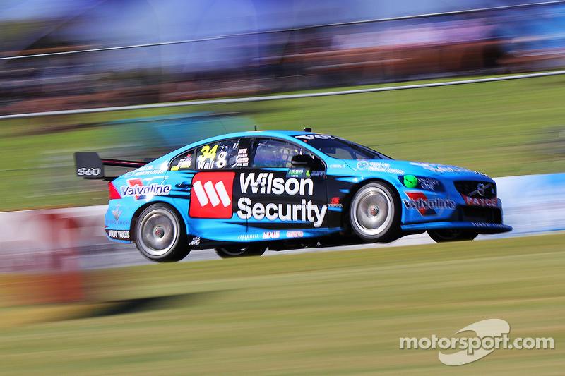 David Wall, Garry Rogers Motorsport, Volvo