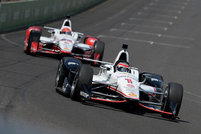 Will Power e Simon Pagenaud, Team Penske Chevrolets
