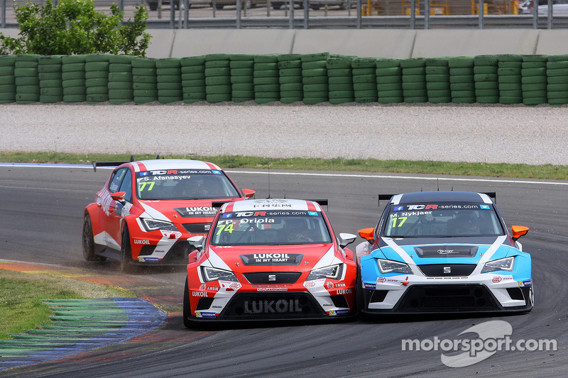 Pepe Oriola, SEAT Leon Racer, Team Craft-Bamboo LUKOIL, und Michael Nykjaer, SEAT Leon Racer, Target Competition