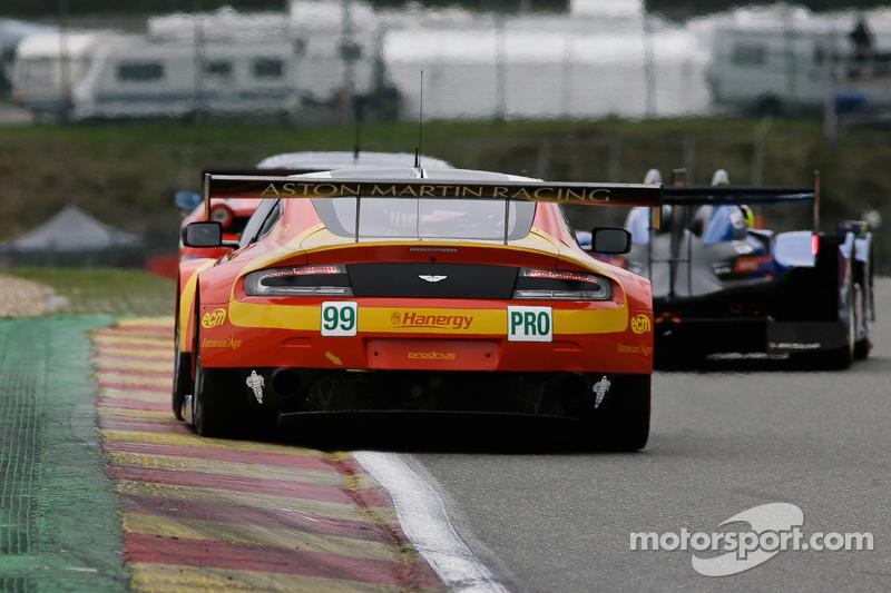 #99 阿斯顿·马丁车队,阿斯顿·马丁Vantage V8: Alex MacDowall, Fernando Rees, Richie Stanaway