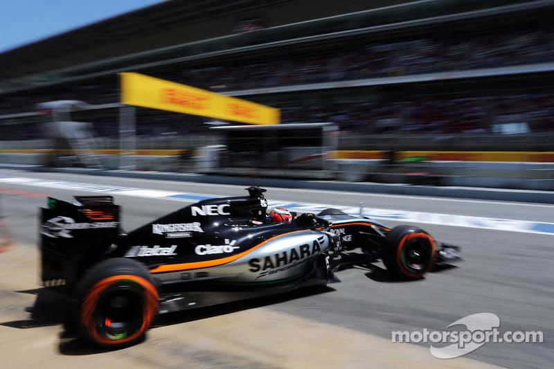 Нико Хюлькенберг, Sahara Force India F1 VJM08 покидает гараж