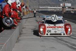 #01 CompUSA Chip Ganassi with Felix Sabates Lexus Riley: Scott Pruett, Luis Diaz, Scott Dixon pit stop