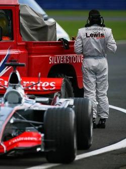 Lewis Hamilton stopped on track