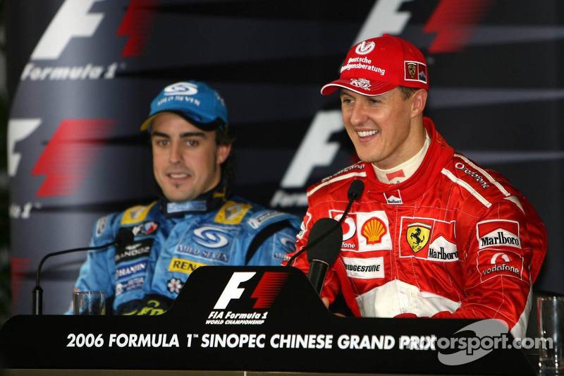 Conferencia de prensa: ganador de la carrera Michael Schumacher con Fernando Alonso