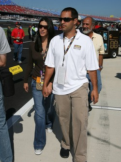 Juan Pablo Montoya and wife Connie arrive at qualifying