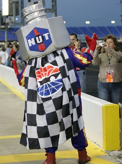 Lugnut has fun with the fans