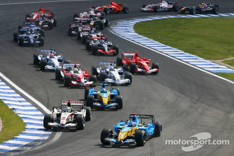 Départ : Fernando Alonso et Rubens Barrichello