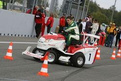 Journée des RP, Mountfield Cup on Tractors : Michael Devaney