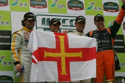 Podium: race winner Jorg Muller, 2006 WTCC champion Andy Priaulx, Yvan Muller and Tom Coronel