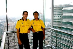 Petronas Twin Towers sky bridge: Alex Yoong and Fairuz Fauzy