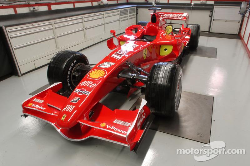 El Ferrari F2007 en la sede de Ferrari en Maranello
