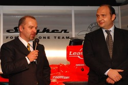 Mike Gascoyne, Spyker F1 Team, Chief Technology Officer and Colin Kolles, Spyker F1 Team, Team Principal