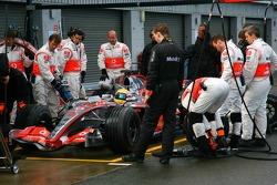 Pitstop practice for Lewis Hamilton, McLaren Mercedes, MP4-22