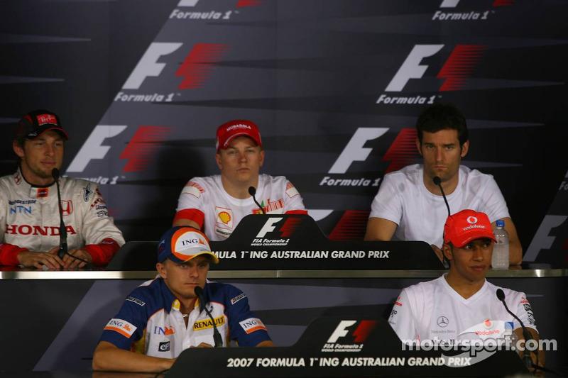 Jenson Button, Honda Racing F1 Team, con Heikki Kovalainen, Renault F1 Team, Kimi Raikkonen, Scuderia Ferrari, Mark Webber, Red Bull Racing, y Lewis Hamilton, McLaren Mercedes