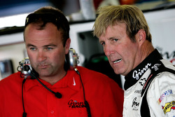 Crew chief Slugger Labbe talks with Sterling Marlin