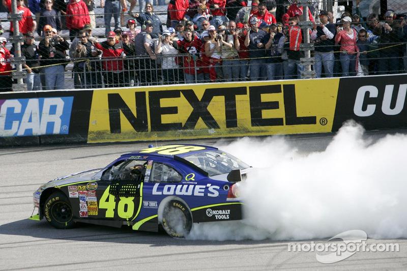 2007, Richmond 1: Jimmie Johnson (Hendrick-Chevrolet)