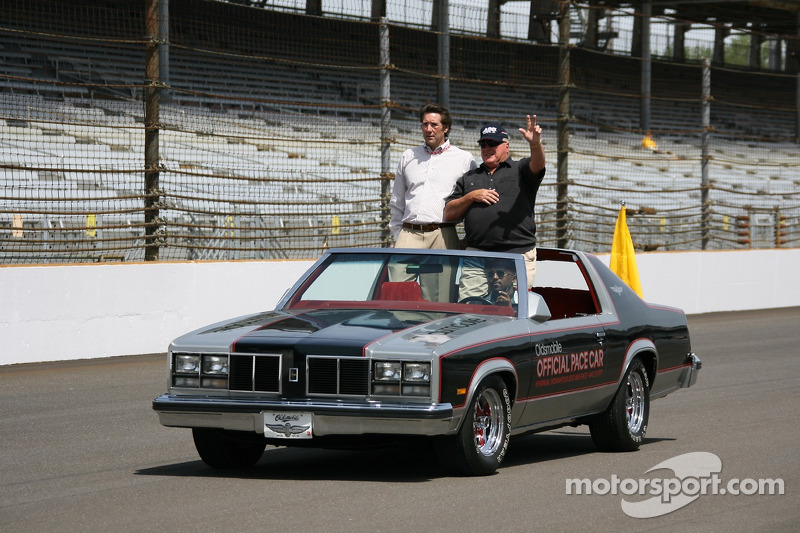 Tony George and A.J. Foyt recreate the victory lap that Tony Hulman and A.J. Foyt took after Foyt won 1977 Indy 500