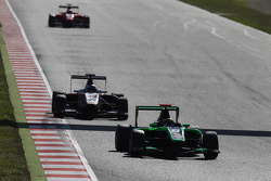Sandy Stuvik, Status Grand Prix leads Zaid Ashkanani, Campos Racing