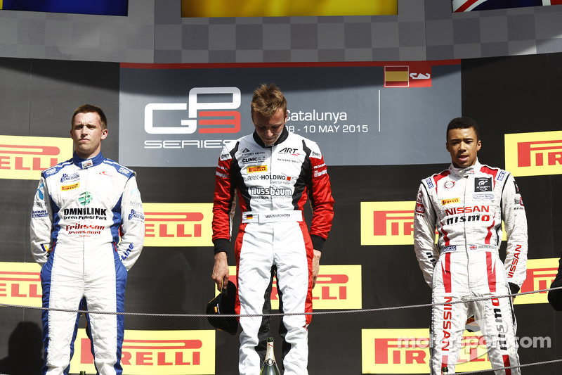 Podium: 2. Jimmy Eriksson, Korainen GP; 1. Marvin Kirchhöfer, ART Grand Prix, und 3. Jann Mardenboro