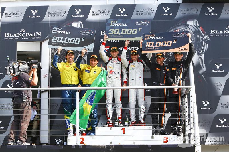 Podium: 1. Robin Frijns, Laurens Vanthoor; 2. Atila Abreu, Valdeno Brito; 3. Rob Bell, Kevin Estre
