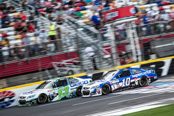 Casey Mears, Germain Racing Chevrolet and Danica Patrick, Stewart-Haas Racing Chevrolet
